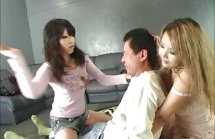 自分の貞操を失う恥を知らない二人の姉妹たちは、教区のメンバーの口の中に捕まえられるとすぐに 鈴木 一徹 おすすめ
